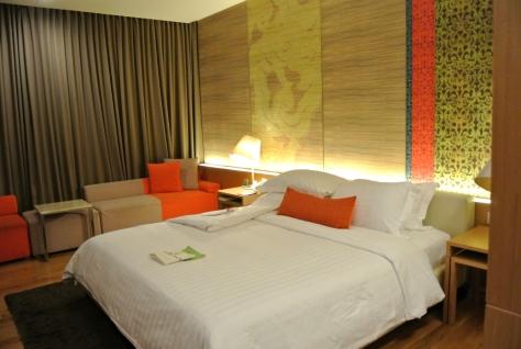 Pathumwan Princess Hotel Room